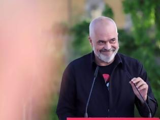 Φωτογραφία για Αλβανία: Η «εκλογική σφαγή» και η καθαίρεση του Προέδρου της χώρας