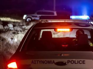 Φωτογραφία για Άρτα: Έκλεψαν αλκοολούχα ποτά από περίπτερο που ο υπάλληλος αρνήθηκε να τους πουλήσει