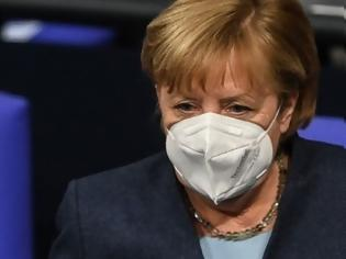 Φωτογραφία για Κοροναϊός - Γερμανία: Διακοπές για όλους - εμβολιασμένους και μη - στην Ευρώπη, προβλέπει η Μέρκελ