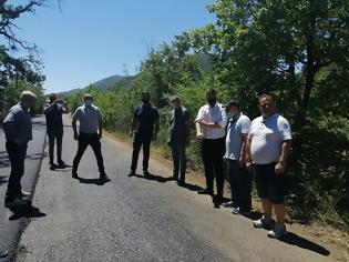 Φωτογραφία για Ξεκίνησαν οι εργασίες ασφαλτόστρωσης του δρόμου Τσαπουρνιάς - Χρυσοβίτσας.