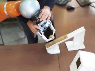 Φωτογραφία για ΑΠΘ: Καινοτόμο ρομπότ μαθαίνει το έργο που του ζητείται να εκτελέσει