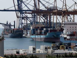 Φωτογραφία για COSCO: Επενδυτικά σχέδια 300 εκατ. ευρώ για το λιμάνι του Πειραιά-  Η συμβολή του σιδηροδρόμου στην ανάπτυξη του.
