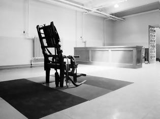 Φωτογραφία για Το διάσημο πείραμα του Μίλγκραμ. Η τυφλή υπακοή στην εξουσία.