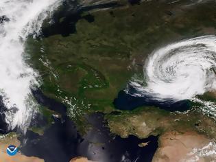 Φωτογραφία για NOAA: Δορυφόρος καταγράφει κυκλώνα κοντά στη Μαύρη Θάλασσα στις 11/5/21