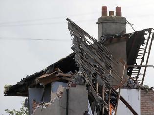 Φωτογραφία για Αγγλία: Έκρηξη από διαρροή αερίου σε σπίτι - Νεκρό ένα παιδί