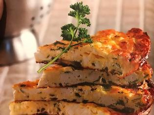 Φωτογραφία για #Μένουμε_στο_σπίτι_Μαγειρεύουμε_στο_σπίτι: Ομελέτα φούρνου με ξερό ανθότυρο