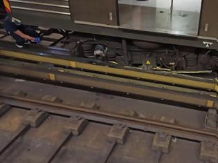 Φωτογραφία για Μετρό: Ελλείψεις ανταλλακτικών ακινητοποίησαν 1 στους 3 συρμούς- Υπάρχουν  ανταλλακτικά διαβεβαιώνει η διοίκηση της ΣΤΑΣΥ.