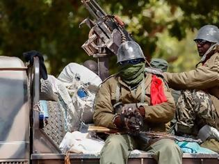Φωτογραφία για Μαλί: Ο στρατός συνέλαβε τον πρόεδρο, τον πρωθυπουργό και τον υπουργό Άμυνας της χώρας