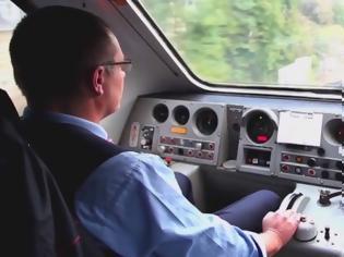 Φωτογραφία για Νέα τεχνολογία στα τρένα μειώνει το κόστος ενέργειας και βελτιώνει την ασφάλεια μηχανοδήγησης μέσω της εφαρμογής iPad.
