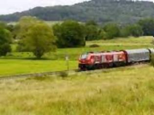 Φωτογραφία για Η Nestlé μετατοπίζει περισσότερα φορτία από τις οδικές μεταφορές στις σιδηροδρομικές.