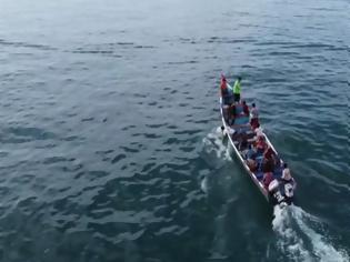 Φωτογραφία για Πάμφωτοι ψαράδες στην Υεμένη βρήκαν έναν θησαυρό στα σωθικά φάλαινας
