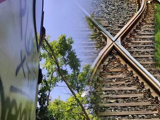 Φωτογραφία για Σιδηρόδρομος: Προβλήματα σε σταθμούς, ελλιπής πληροφόρηση και βλάβες.