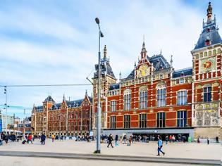 Φωτογραφία για Ολλανδία: Κεντρικός Σταθμός Άμστερνταμ.