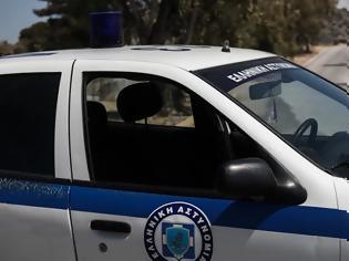Φωτογραφία για Θεσσαλονίκη: Ληστές κάρφωσαν σύριγγες σε 19χρονο έξω από το σπίτι του - Του άρπαξαν χρήματα και κινητό