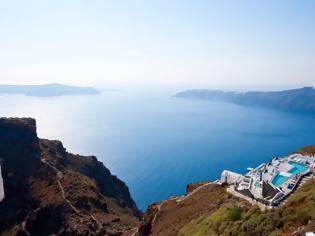 Φωτογραφία για TUI: Ακύρωσε πακέτα διακοπών για πέντε ελληνικά νησιά