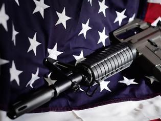 Φωτογραφία για ΗΠΑ: Δικαστής ακύρωσε την απαγόρευση που ίσχυε για τα τυφέκια εφόδου στην Καλιφόρνια