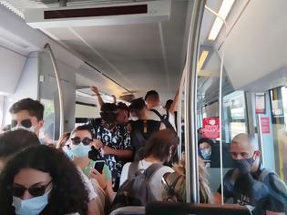 Φωτογραφία για Λάρισα: Απίστευτος συνωστισμός σε δρομολόγιο του προαστιακού σιδηροδρόμου.