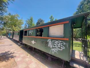 Φωτογραφία για Πάρκο ΟΣΕ: Συνεχίζονται με αμείωτο ρυθμό οι καταστροφές στα τρένα.