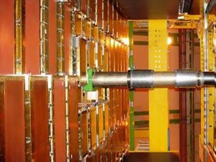 Φωτογραφία για CERN: Υποατομικό σωματίδιο εναλλάσσεται μεταξύ ύλης και αντιύλης-CERN new discovery