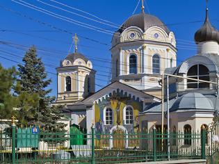 Φωτογραφία για Καθεδρικός Ιερός Ναός Αγίας Τριάδος στη Συμφερούπολη της Κριμαίας