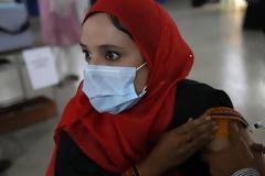 Κοροναϊός - Πακιστάν: Κόψιμο μισθού και τηλεφώνου σε όσους δεν κάνουν το εμβόλιο