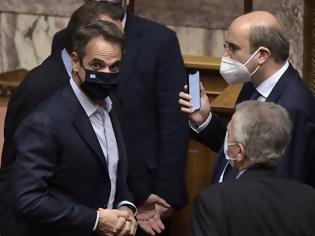 Φωτογραφία για Βουλή: Πέρασε το εργασιακό νομοσχέδιο με 158 «ναι»
