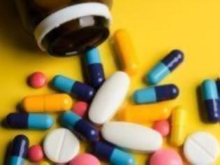 Φωτογραφία για Νέα πειραματική αντι-ιική θεραπεία με «κοκτέιλ» δύο φαρμάκων κατά του κορονοϊού αφήνει υποσχέσεις