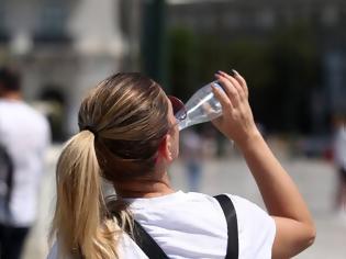 Φωτογραφία για Καύσωνας: Πώς θα προστατευθείτε από τις υψηλές θερμοκρασίες