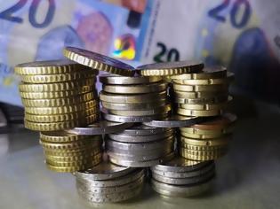 Φωτογραφία για Τέλος το επίδομα 534 ευρώ: Τι θα γίνει με τους εποχικά εργαζόμενους και τις απολύσεις