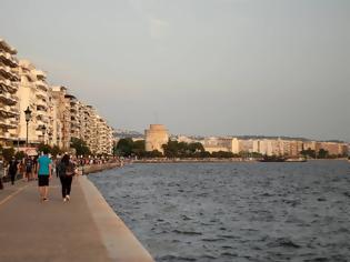 Φωτογραφία για Τραγωδία στη Θεσσαλονίκη: Νεκρός 42χρονος λουόμενος