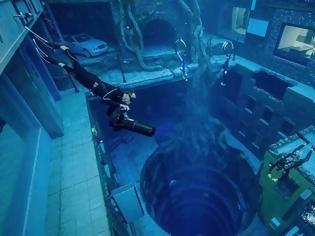 Φωτογραφία για Στο Ντουμπάι η βαθύτερη πισίνα του κόσμου - Τμήμα μιας τεράστιας υποβρύχιας πόλης