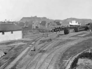 Φωτογραφία για Ο σιδηροδρομικός σταθμός της Αθήνας που κάποτε ήταν σε μια απέραντη έκταση με χωράφια.