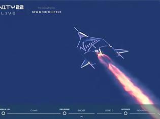 Φωτογραφία για Ο Ρίτσαρντ Μπράνσον έφθασε στο διάστημα με σκάφος της Virgin Galactic