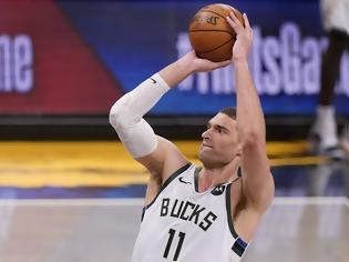 Φωτογραφία για NBA Finals: Το μεγάλο δίλημμα των Μπακς με τον Μπρουκ Λόπεζ