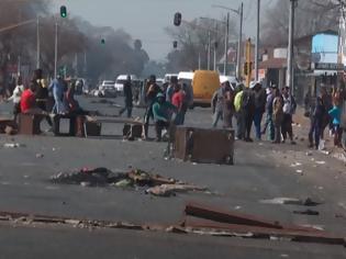 Φωτογραφία για Νότια Αφρική: Χάος με τις Λεηλασίες - 32 νεκροί