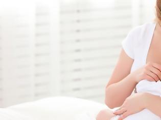 Φωτογραφία για Τα συστατικά mRNA των εμβολίων Covid-19 δεν μεταφέρονται μέσω του γάλακτος από τις εμβολιασμένες μητέρες στα μωρά που θηλάζουν