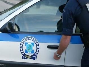 Φωτογραφία για Χίος: Αστυνομικός βούτηξε στη θάλασσα και έσωσε 19χρονη
