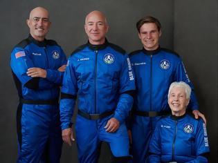 Φωτογραφία για Οι δισεκατομμυριούχοι κυνηγοί του Διαστήματος - Η ιστορική πτήση του Bezos