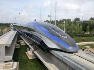Φωτογραφία για H Κίνα παρουσιάζει το ταχύτερο τρένο του κόσμου.