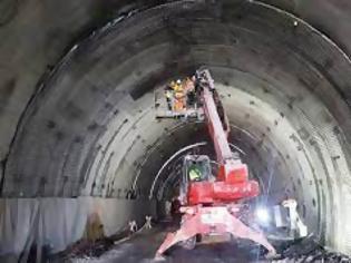 Φωτογραφία για Η Βουλγαρία ξεκινά την κατασκευή της μεγαλύτερης σιδηροδρομικής σήραγγας στα Βαλκάνια.