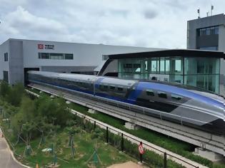 Φωτογραφία για Η Κίνα παρουσίασε το ταχύτερο τρένο του κόσμου