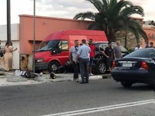Φωτογραφία για Καβάλα: Σοκαριστικό τροχαίο - Τρεις νεκροί και τρεις τραυματίες