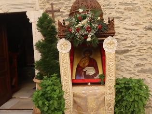 Φωτογραφία για ΑΝΔΡΟΣ: Λιτάνευση της τιμίας Κάρας του Αγίου Παντελεήμονος