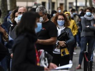 Φωτογραφία για Κοροναϊός - ΗΠΑ: Επιστρέφει η μάσκα και στους εμβολιασμένους στους εσωτερικούς χώρους