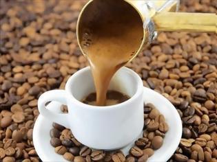 Φωτογραφία για Οι κίνδυνοι της υπερβολικής κατανάλωσης καφεΐνης
