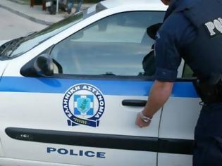 Φωτογραφία για Αδιανότητο περιστατικό στην Κρήτη: Εμβόλισε με το ΙΧ του 26χρονη και μαχαίρωσε τον συνοδό της