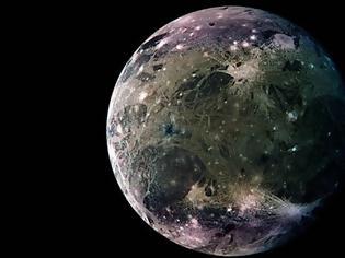 Φωτογραφία για NASA: Το Hubble βρήκε νερό στον Γανυμήδη και μπορεί να γίνει νέα ΓΗ