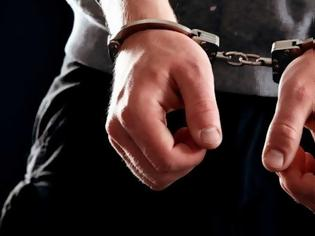 Φωτογραφία για Ηθοποιός συνελήφθη για κακοποίηση ανηλίκων