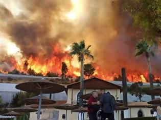 Φωτογραφία για Εκτός ελέγχου φωτιά στην Αχαΐα - Εκκενώνονται τέσσερα χωριά