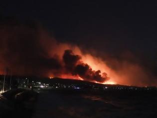 Φωτογραφία για Μαίνεται η φωτιά στην Αχαΐα - Σε ολονύχτια μάχη οι πυροσβεστικές δυνάμεις